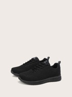 Minimalist Lace-up Front Running Shoes