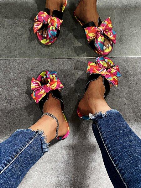 Allover Graphic Bow Decor Slide Sandals