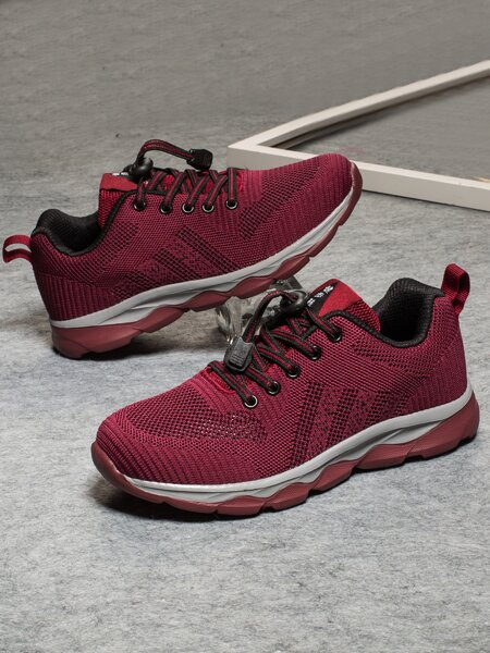 Lace-up Front Low Top Running Shoes