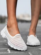 Low Top Breathable Sneakers