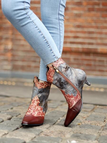 Leaf Pattern Kitten Heeled Leather Boots