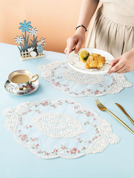 1pc Flower Embroidery Lace Placemat