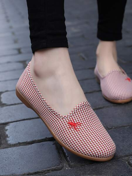 Gingham Spider Embroidery Flats