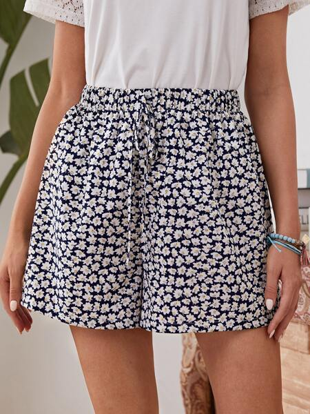 Ditsy Floral Wide Leg Shorts