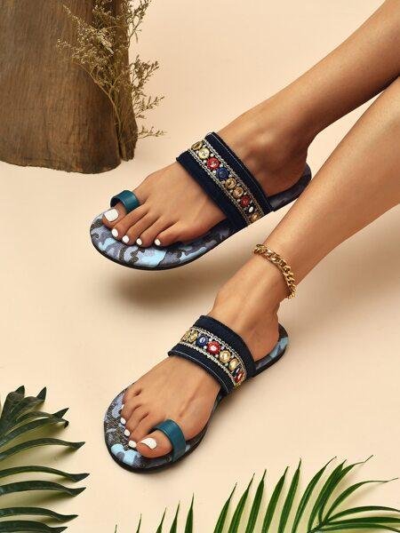 Toe Loop Braided Sandals