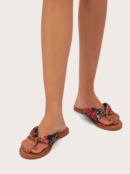 Scarf Graphic Thong Sandals