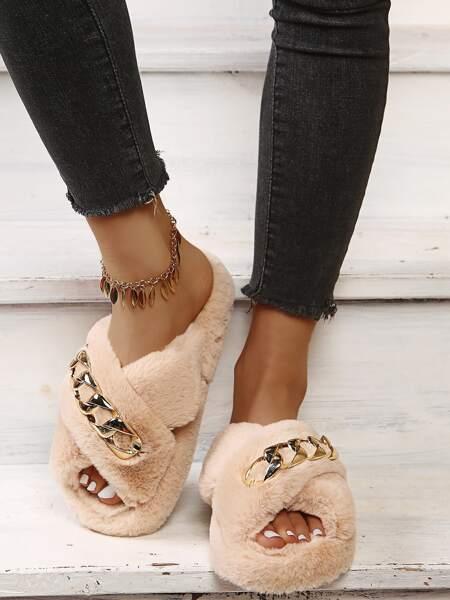 Chain Decor Fluffy Slippers