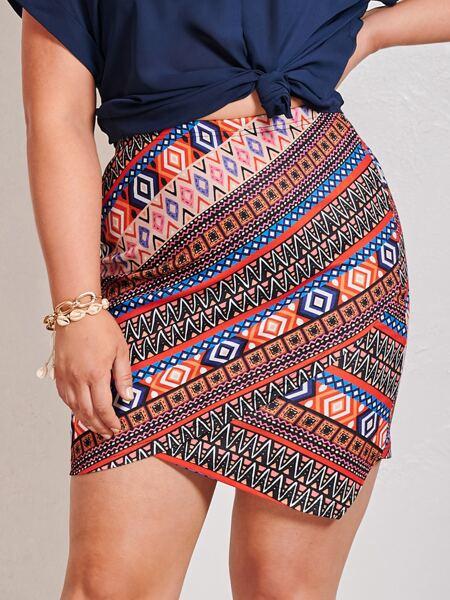 Plus Asymmetrical Hem Geo Skirt
