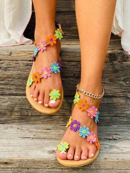 Applique Toe Post Flat Sandals
