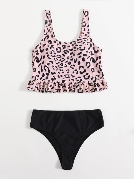 Graphic Ruffle Hem Bikini Swimsuit