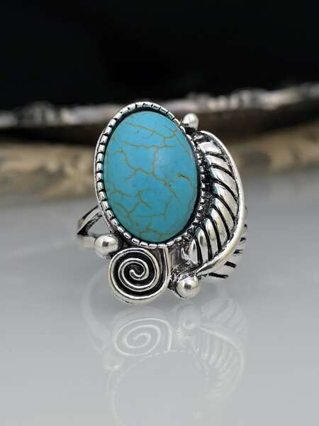 Oval Detail Vintage Ring