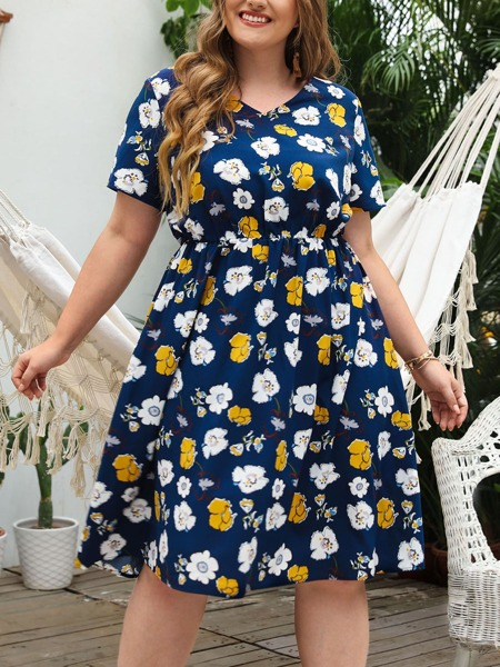 Plus Allover Floral Print V Neck A-line Dress
