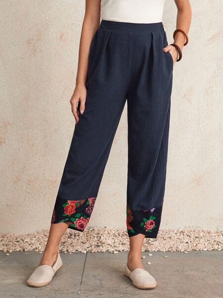 Elastic Waist Floral Print Asymmetrical Hem Cropped Pants