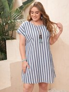 Plus Two Tone Striped Batwing Sleeve Dress