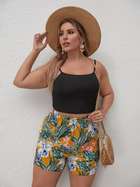 Plus Crop Cami Top With Floral Shorts
