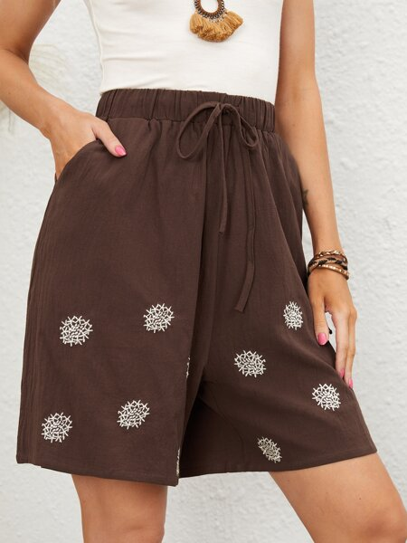 Embroidered Wide Leg Shorts