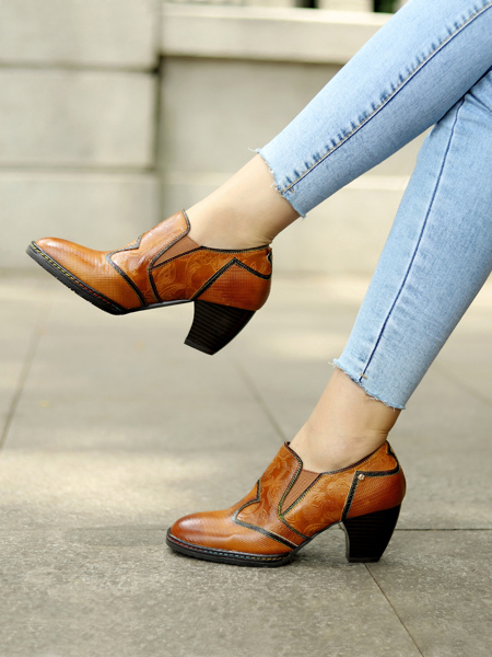 Floral Embossed Cone Heeled Leather Pumps