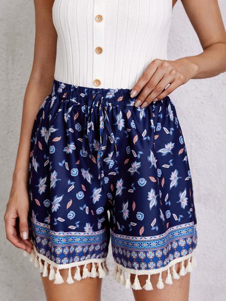 Tassel Hem Floral Print Shorts