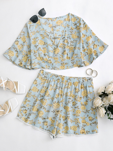 Plus Floral Keyhole Front Top With Shorts