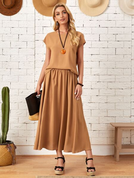 Solid Batwing Sleeve Tee & Elastic Waist Skirt