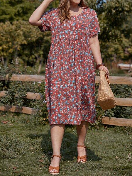 Plus Ditsy Floral Square Neck Smock Dress