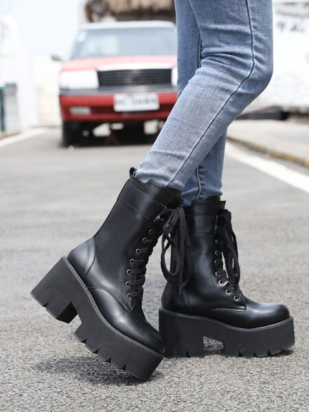 Minimalist Lace-up Front Platform Riding Boots
