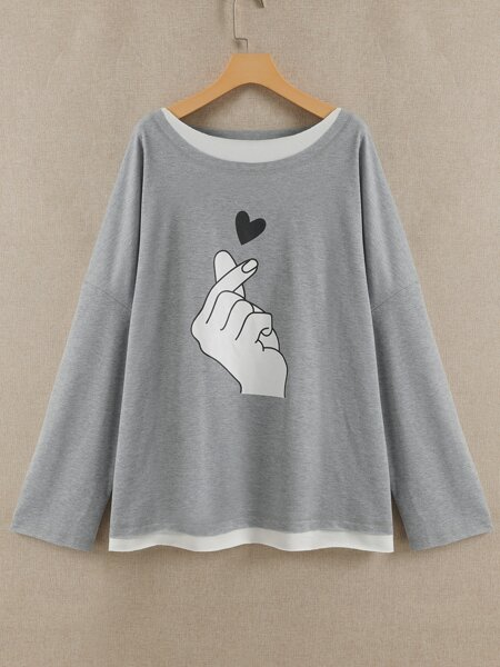 Plus Gesture And Heart Print Drop Shoulder Tee