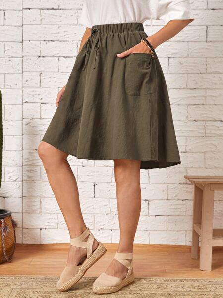 Solid Pocket Patched Knot Front Flared Skirt