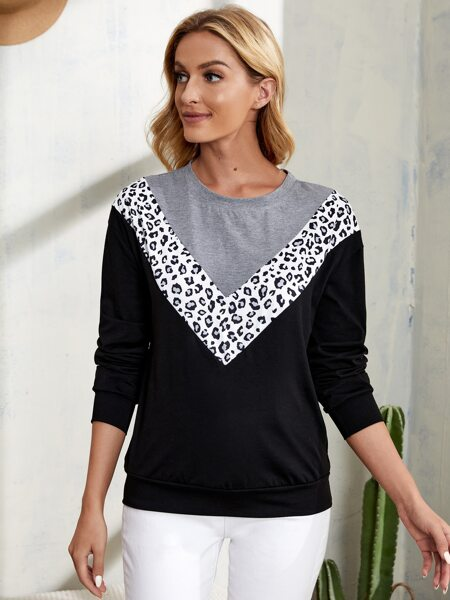 Colorblock And Chevron Print Sweatshirt