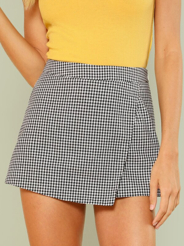 Overlap Front Plaid Shorts, Racquelle Lawrence