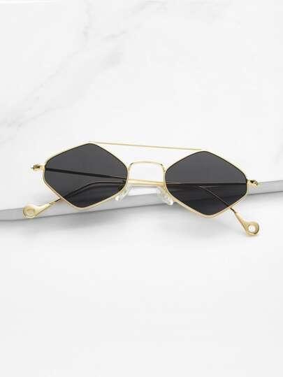 6d0494b42 نظارات شمسية المرأة أزياء على الانترنت