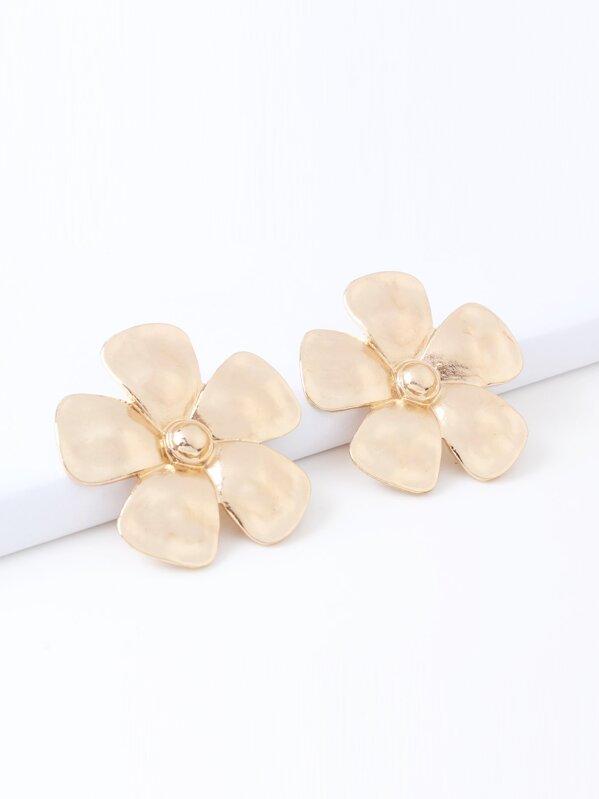 Metal Flower Shaped Stud Earrings 1pair
