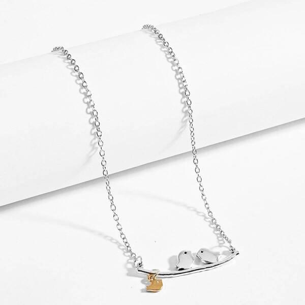 Bird & Bar Detail Pendant Necklace