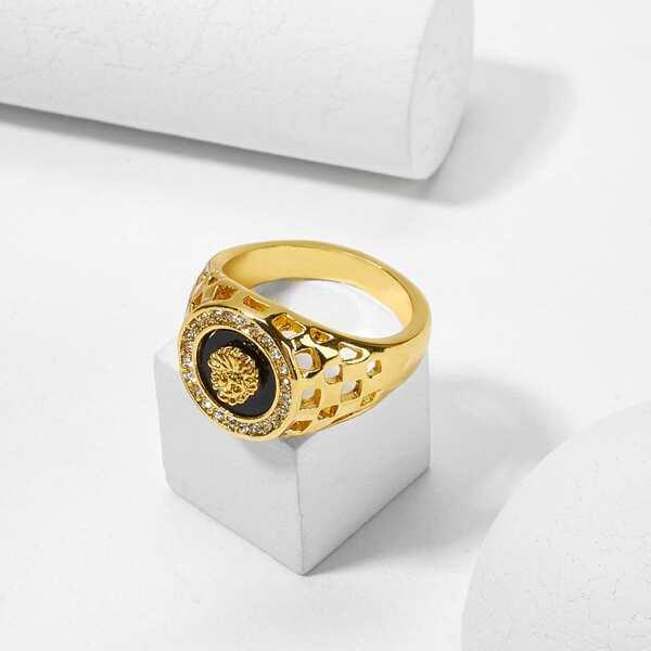 Men Figure Engraved Round Ring