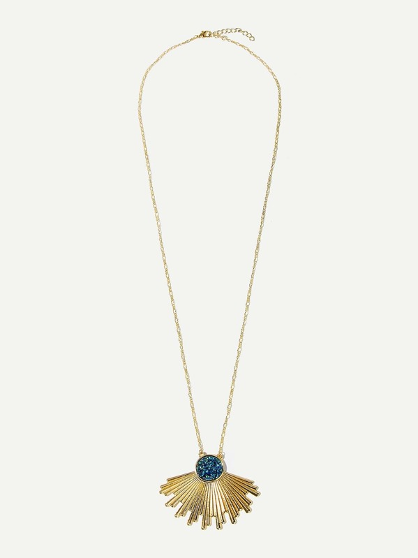 Glitter Detail Fan Shaped Pendant Necklace 1pc, null