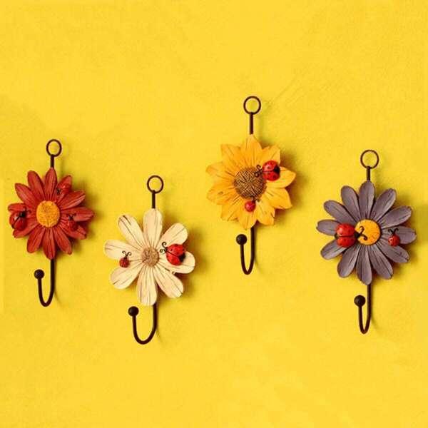Random Flower Shaped Wall Sticker Hook 1pc