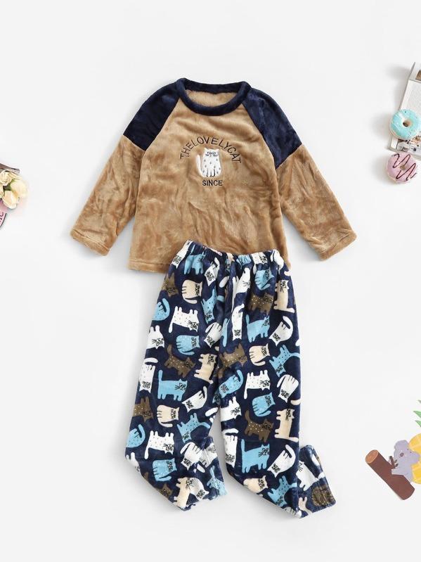 Christmas Boys Cat Embroidered Plush Pajama Set, null