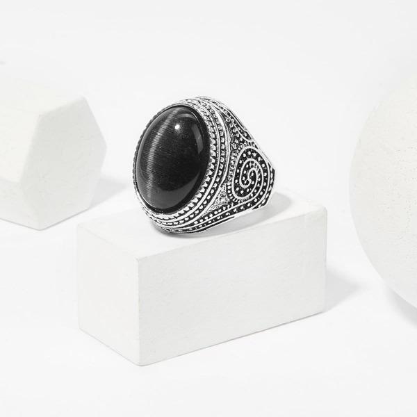 Men Gemstone Engraved Ring