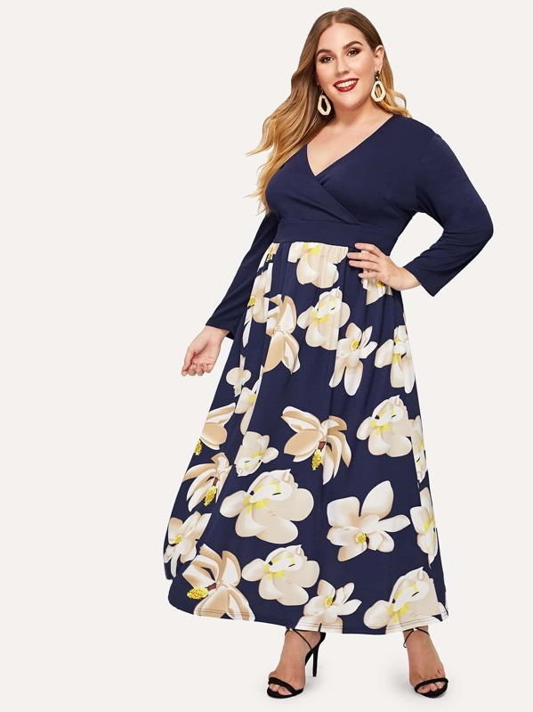 Plus V-neck Contrast Floral Print Dress
