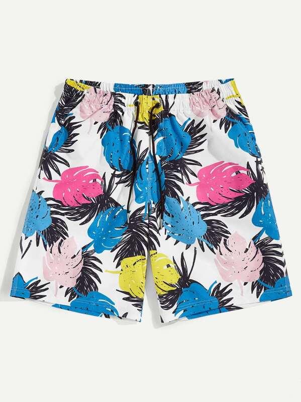 Men Leaf Print Drawstring Waist Shorts