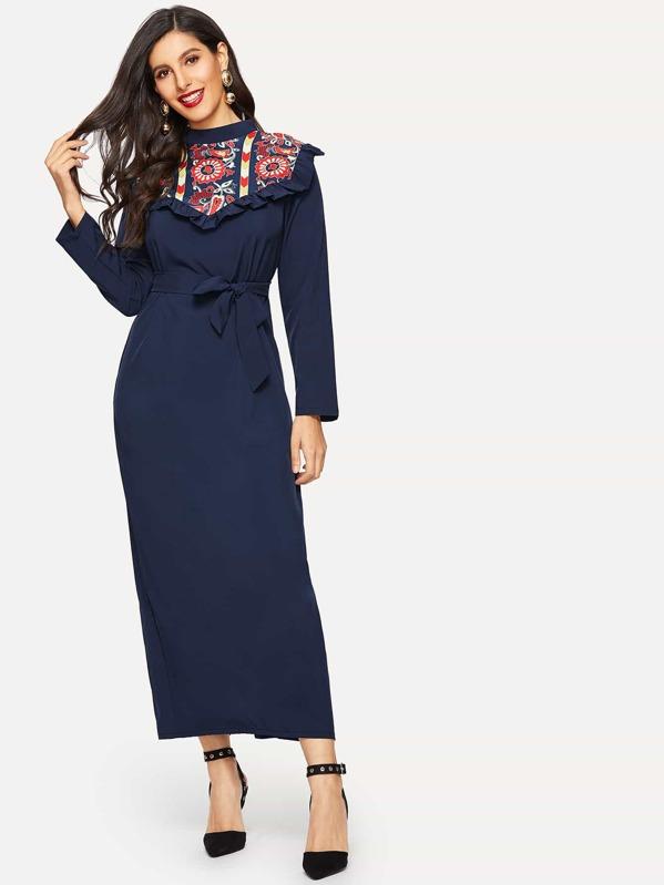 Graphic Print Waist Tie Split-back Dress