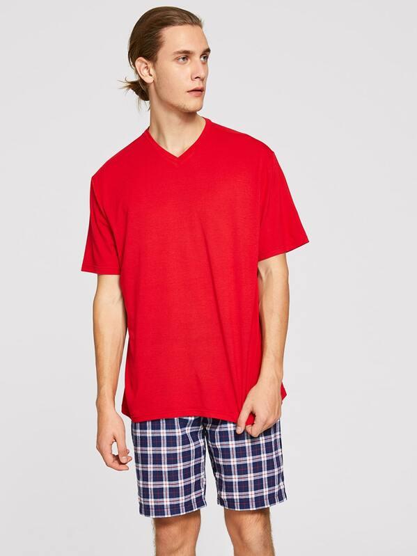 Men Solid Top & Plaid Shorts PJ Set