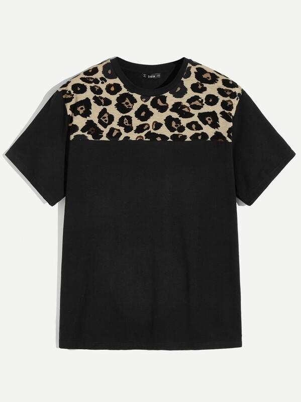 Men Contrast Leopard Yoke Pullover Tee