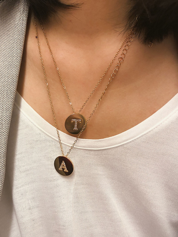 Letter Engraved Disc Pendant Necklace 2pcs, null