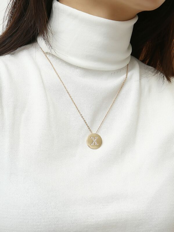 Letter Engraved Disc Pendant Necklace 1pc, null
