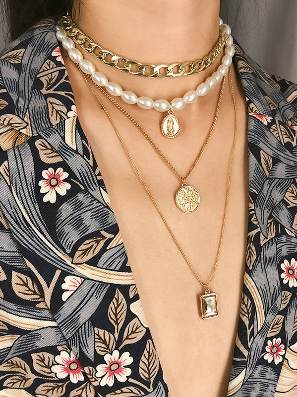 Coin Pendant Faux Pearl & Chain Layered Necklace 1pc