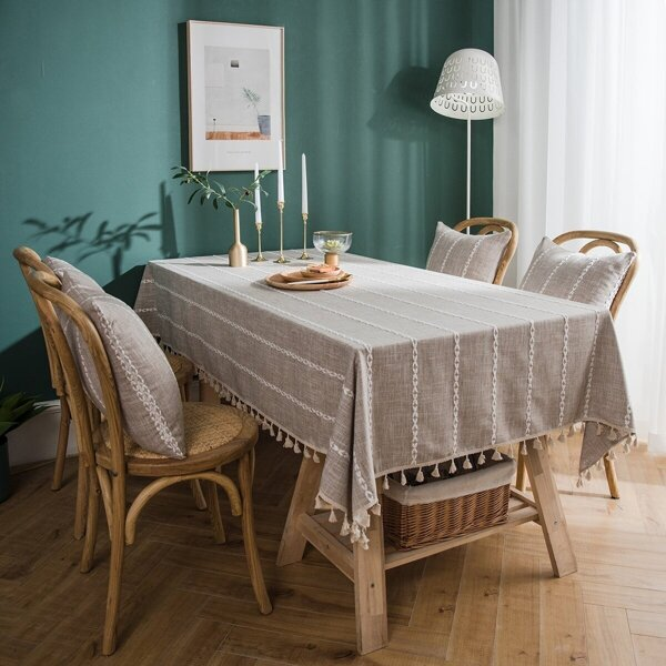 Contrast Trim Table Cloth