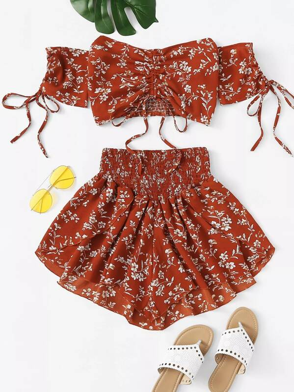 Plus Ditsy Floral Shirred Drawstring Top With Shorts, null