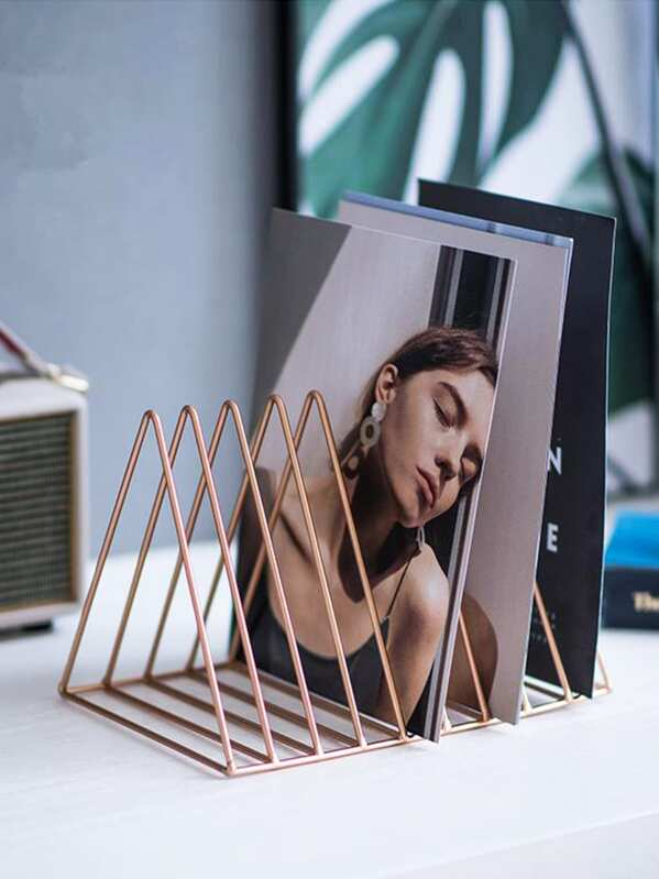 Triangle Shaped Metal Storage Rack 1pc, null