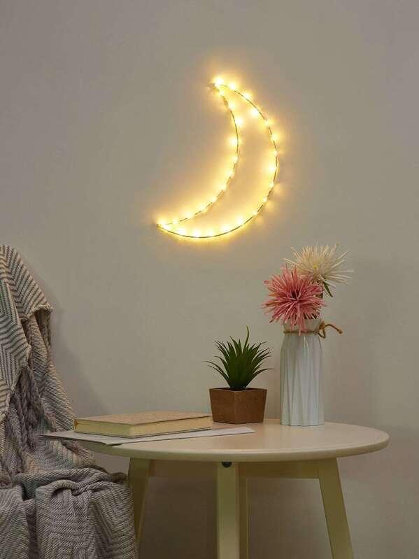 Moon Shaped Iron Light, null